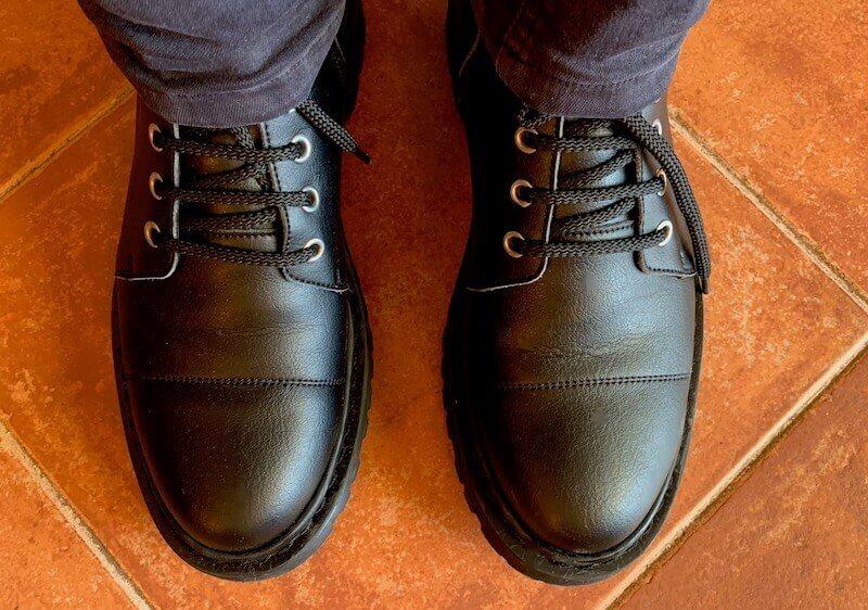 Nae vegan boots