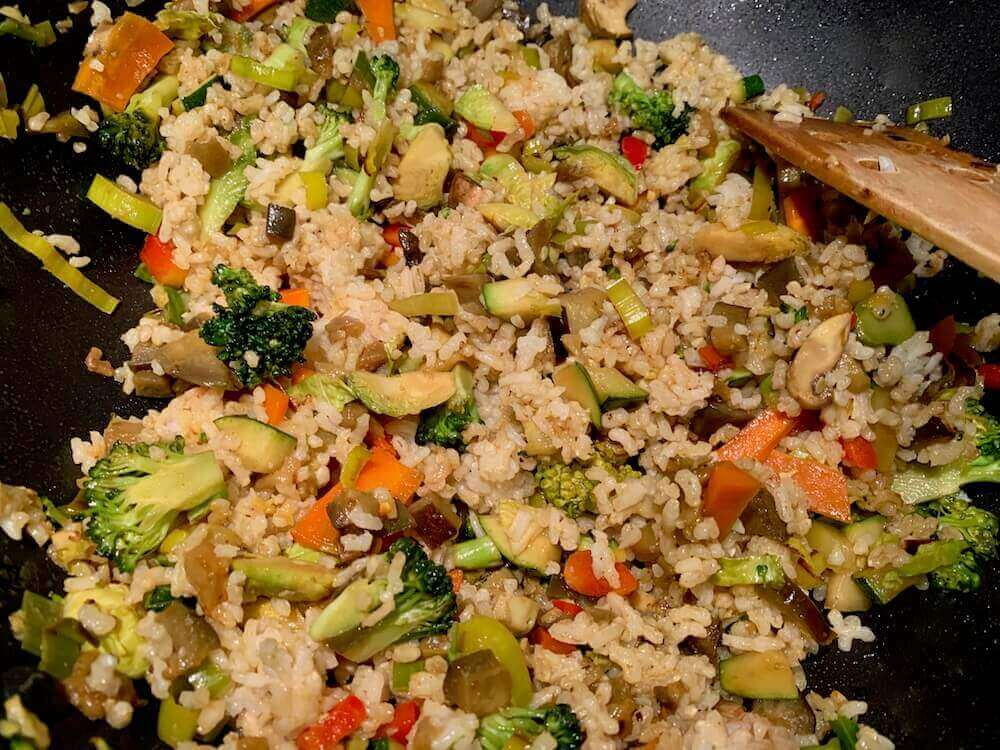 Cooking vegetable rice