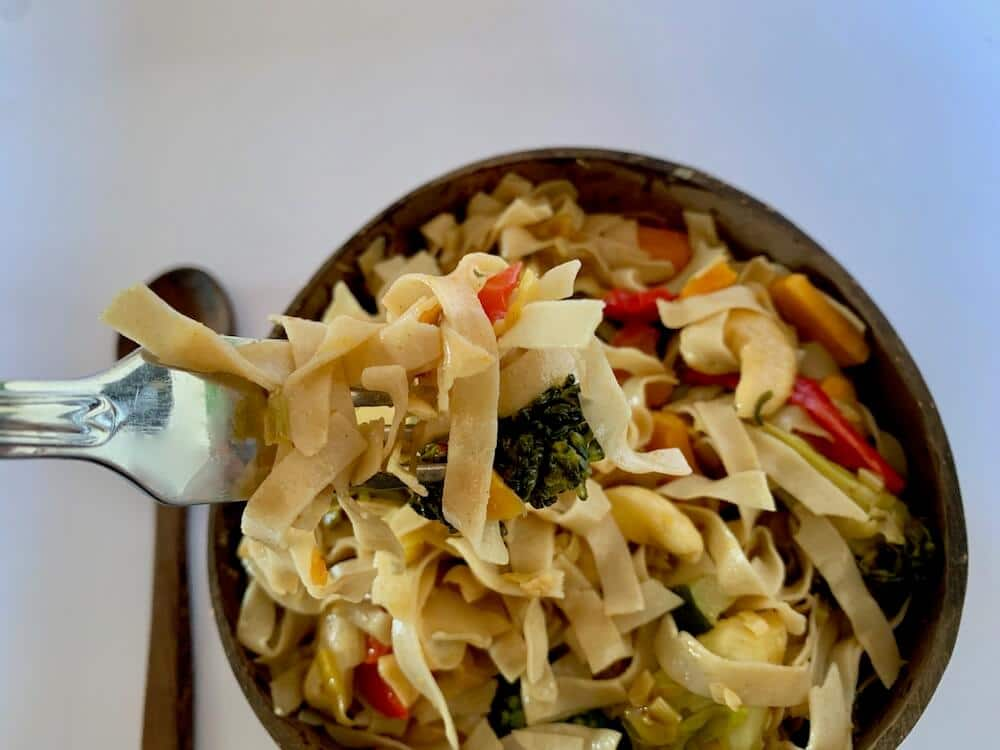 Gluten free noodles with vegetables