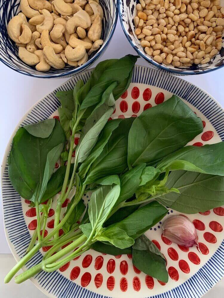 Cashews, pine nuts, fresh basil and garlic