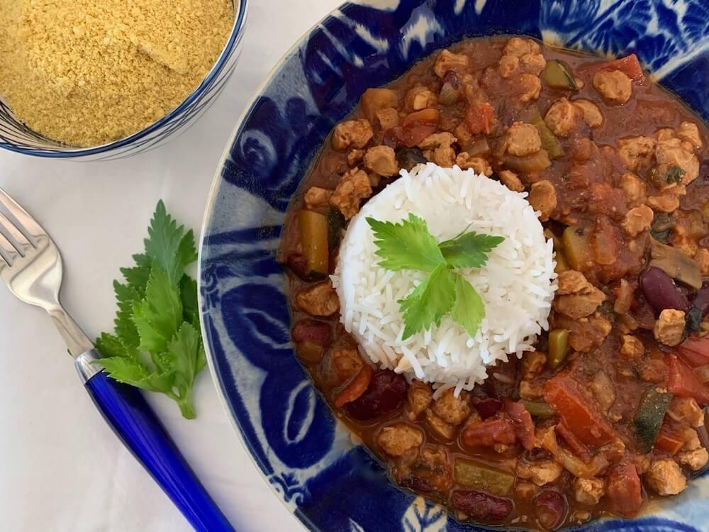 Bowl of vegan chilli sin carne
