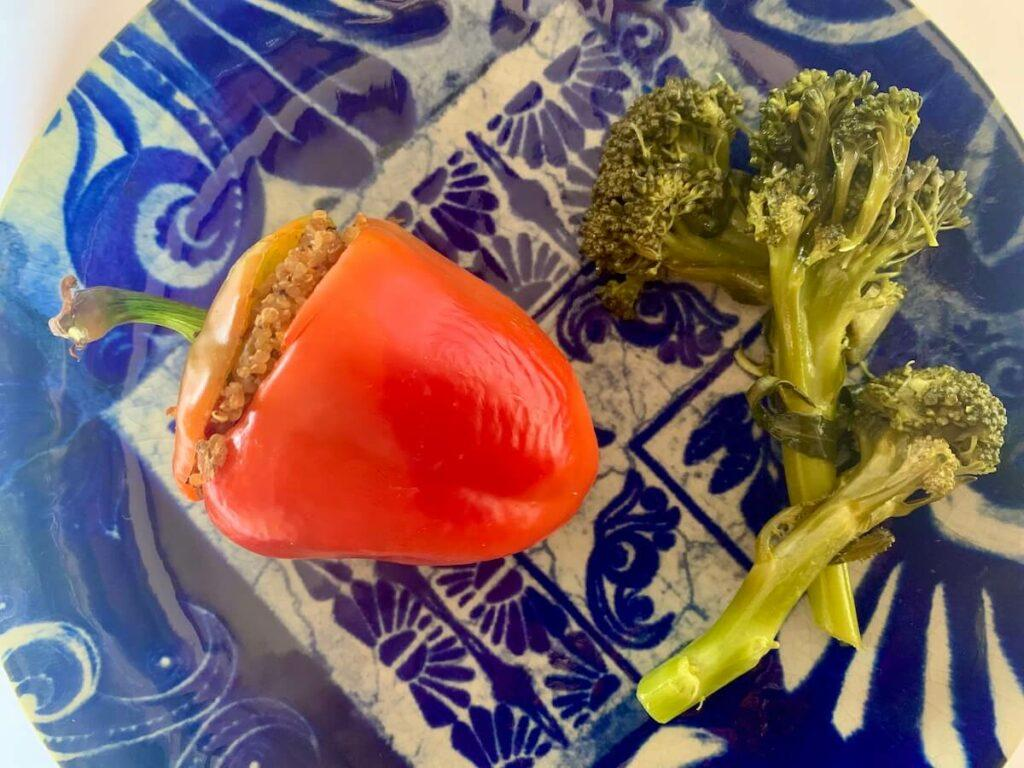 Stuffed red pepper and broccoli