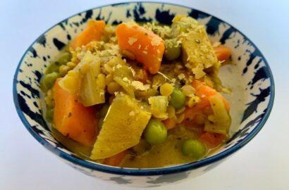 Bowl of sweet potato & lentil curry