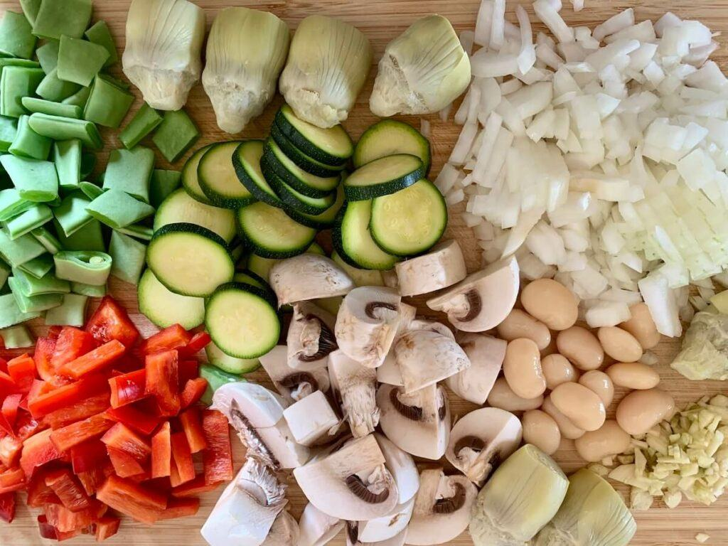 chopped onion, zucchini, mushrooms, red pepper, garlic and beans